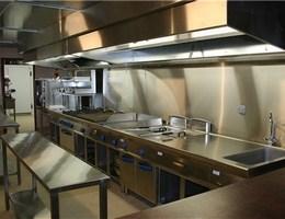 installation de hotte de cuisine professionnelle grenoble | hygis - Comment Installer Une Hotte De Cuisine